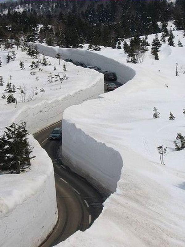snow-road.jpg
